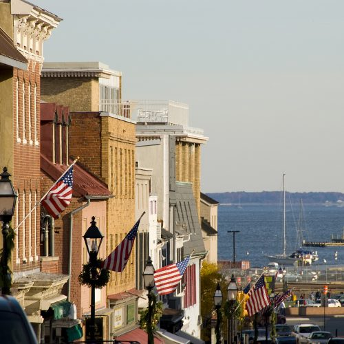 Annapolis is a city in the United States of America with a population of 36,408 (July 2006 est.), Maryland's capital and the county seat of Anne Arundel County.
